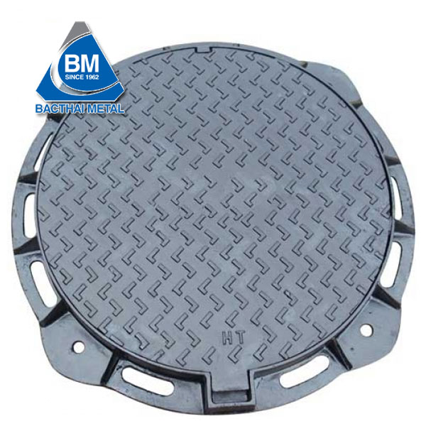 Round bolted manhole cover